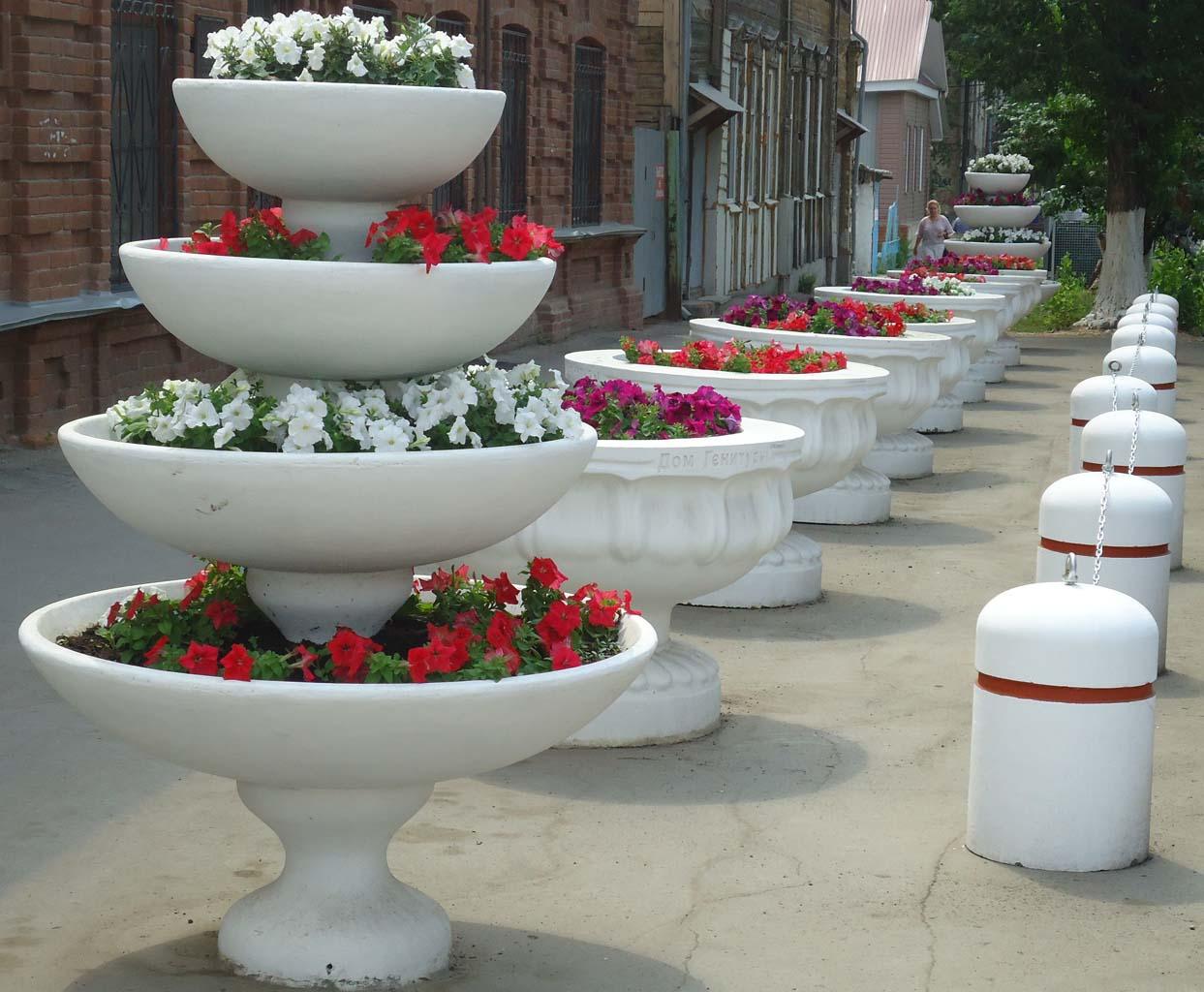 Купить вазоны для цветов из бетона самара цементный раствор и мороз